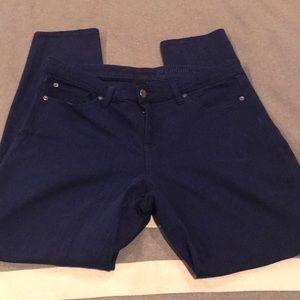 Dark blue colored skinny jeans